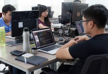 MOOCs versus Coding Bootcamps